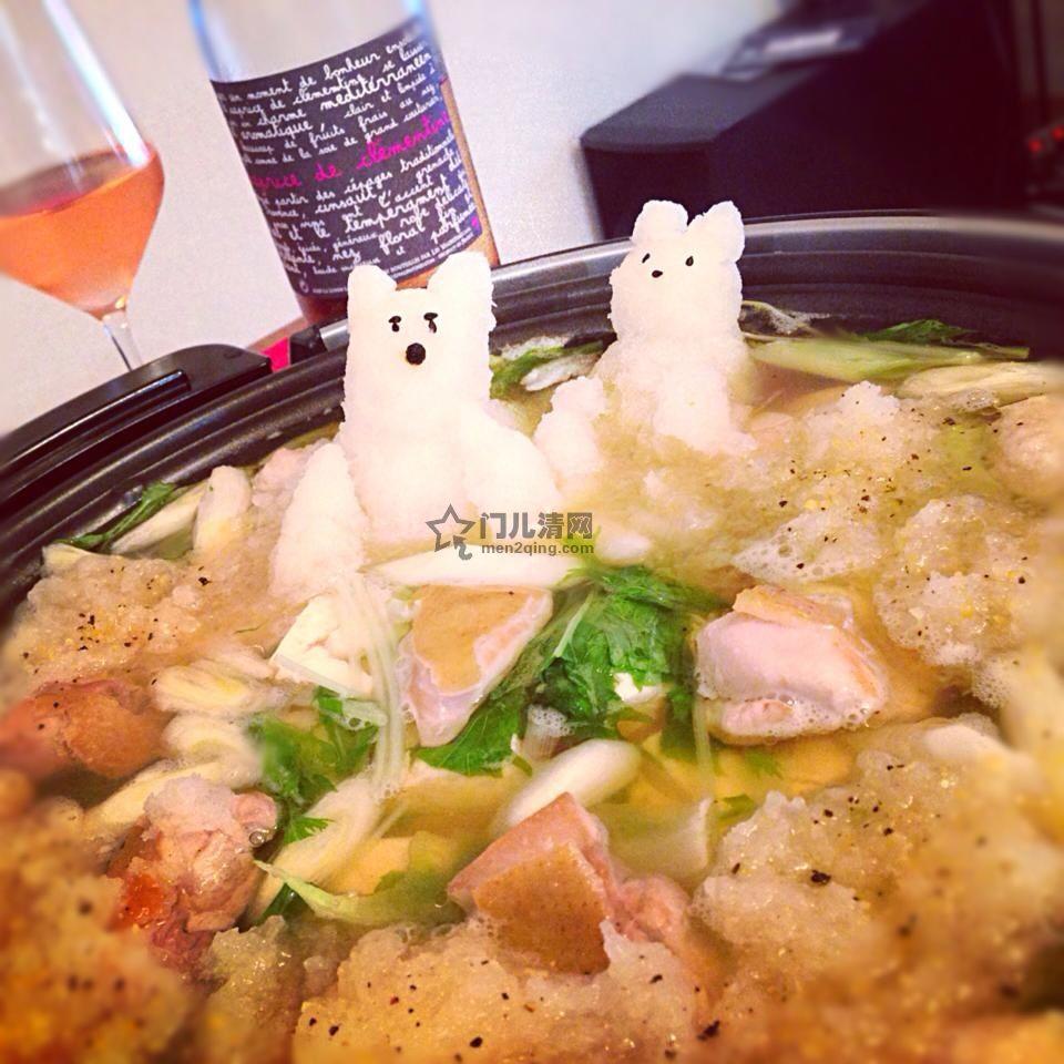 日本料理:美食记录:拿日式海鲜火锅当温泉泡澡的小萌熊,萝卜泥做的,是不是很赞啊?! 图
