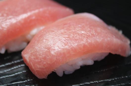 菜单:寿司-金枪鱼大鱼腩(大トロ)
