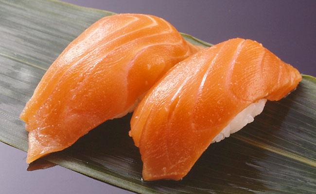 菜单:寿司-三文鱼(鮭)