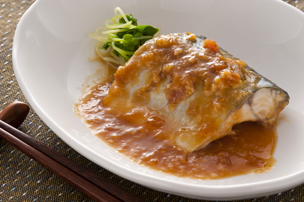菜单:煮鱼-鲭鱼味噌煮(鯖の味噌煮)