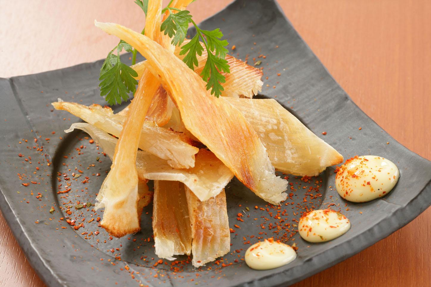 菜单:烤鱼-烧烤鳐鱼翅(鱏鰭)