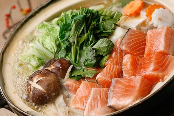 攻略:日本北海道的乡土石狩锅料理