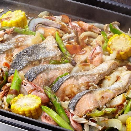 攻略:日本北海道的乡土三文鱼铁板料理